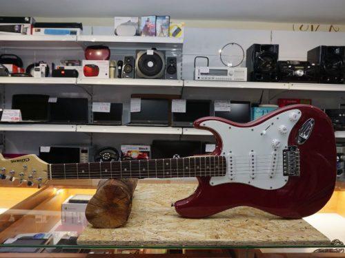 C Giant elektromos gitár