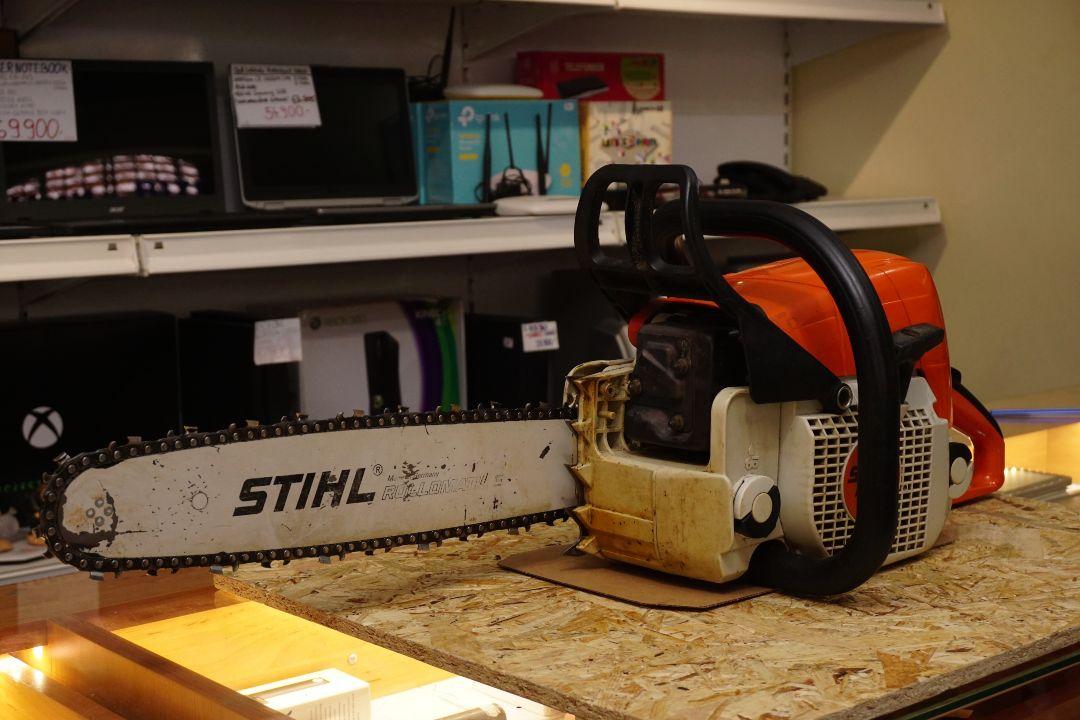 Stihl MS 290 láncfűrész