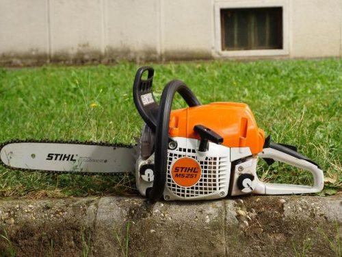 Stihl MS251 motoros láncfürész